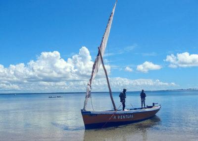 dhow-on-Ilha
