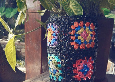 Granny squares vase plastic